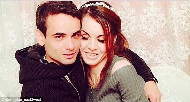 Một phụ nữ chuyển giới bị giết dã man sau đám cưới chỉ vì một câu nói của người cha trên truyền hình - 3