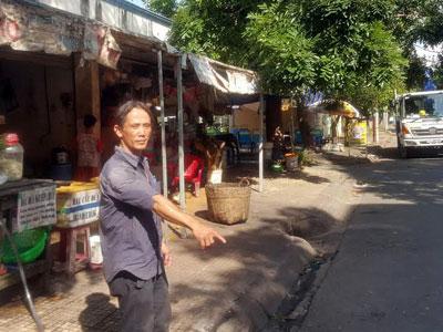 Bắt cướp ở Sài Gòn, người đàn ông bị đâm trúng cổ