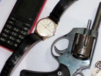 Cảnh sát quật ngã đầu nậu ma tuý đất cảng, thu 3 khẩu súng