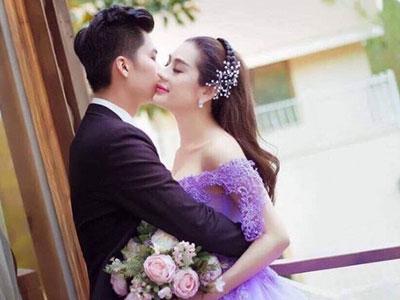 Lâm Chi Khanh úp mở chân dung bạn trai đại gia khi khoe ảnh cưới?