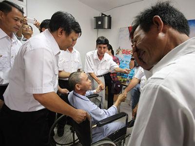 Nước mắt ân tình trong cuộc hội ngộ của cựu binh Gạc Ma