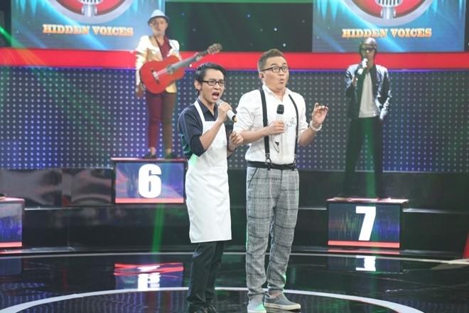 Tran Thanh lai bat khoc truoc chang trai hat giong Khanh Ly hinh anh 1