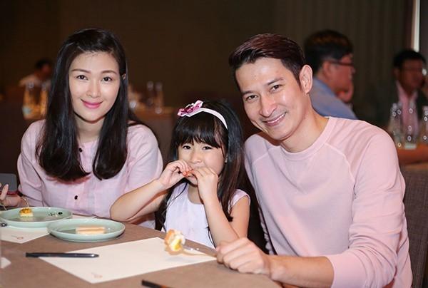 Mac Anh Thu: '5 nam chung song chua hoan toan tin Huy Khanh' hinh anh 1