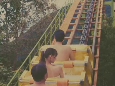 Sốt với công viên giải trí nước nóng khách chỉ cần quấn khăn tắm cả ngày