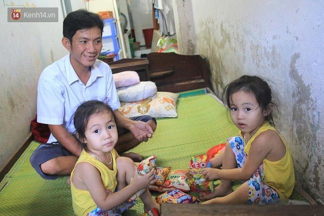 Vợ bỏ đi, người cha bệnh tật nhọc nhằn nuôi 2 bé gái sinh đôi xinh như thiên thần - Ảnh 15.