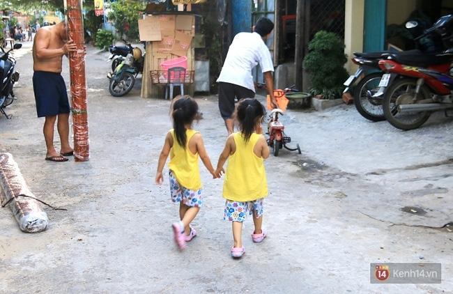 Vợ bỏ đi, người cha bệnh tật nhọc nhằn nuôi 2 bé gái sinh đôi xinh như thiên thần - Ảnh 16.