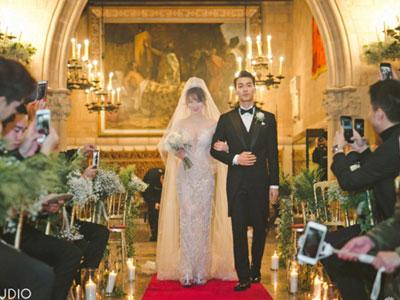 Đám cưới trong lâu đài cổ của mỹ nhân