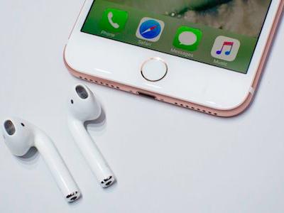 Tại sao tai nghe không dây thông minh của Apple trễ hẹn