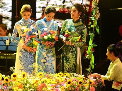Duyên dáng Việt Nam 28: Phản tác dụng với dàn sao hạng A