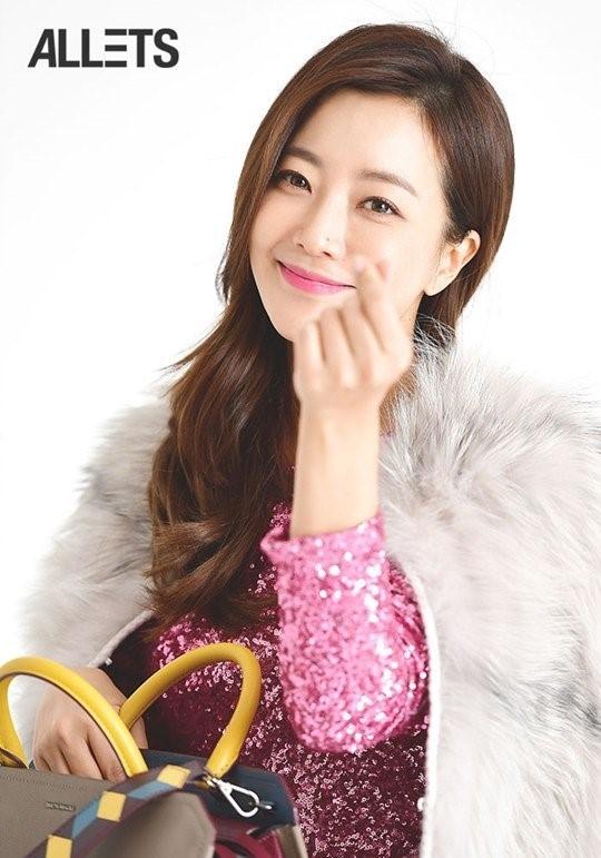 Kim Hee Sun tre trung trong phim moi hinh anh 6