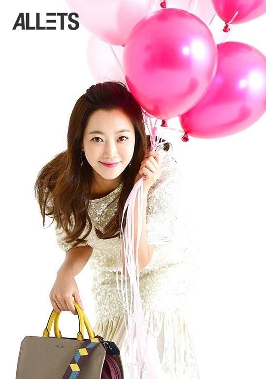 Kim Hee Sun tre trung trong phim moi hinh anh 7