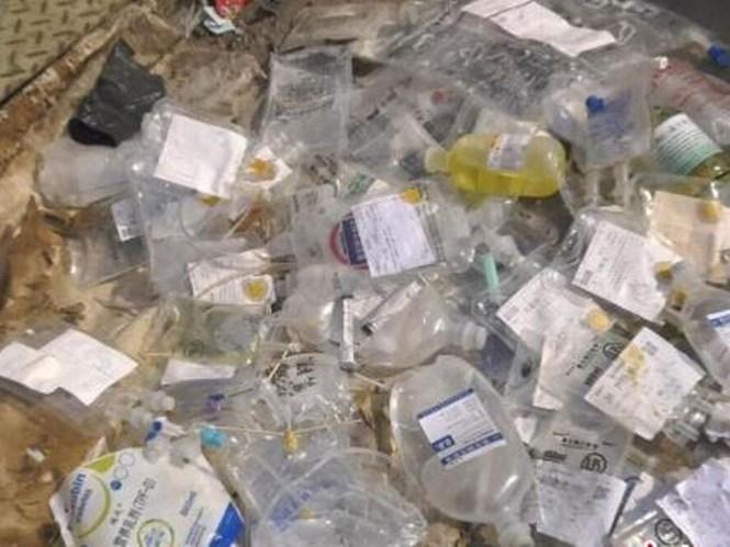 Rác thải y tế được ba nghi phạm mua gom từ các bệnh viện ở Nam Kinh, Trung Quốc  /// Ảnh chụp màn hình trang web của chinanews.com