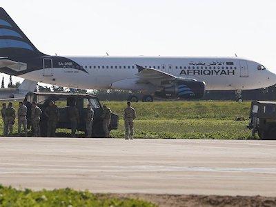 Không tặc cướp máy bay Libya đòi trả tự do cho con trai Gaddafi