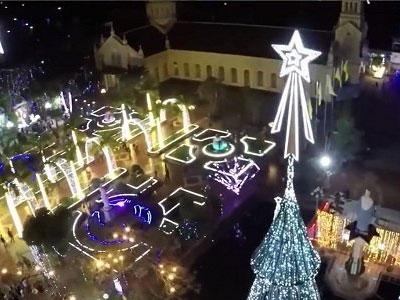 Hình ảnh Giáng sinh khắp mọi miền đất nước đẹp mê hồn qua flycam