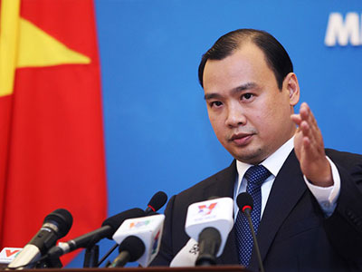 Việt Nam phản đối Trung Quốc khai trương đường bay dân dụng ra Hoàng Sa