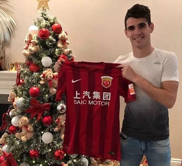Oscar chính thức rời khỏi Chelsea