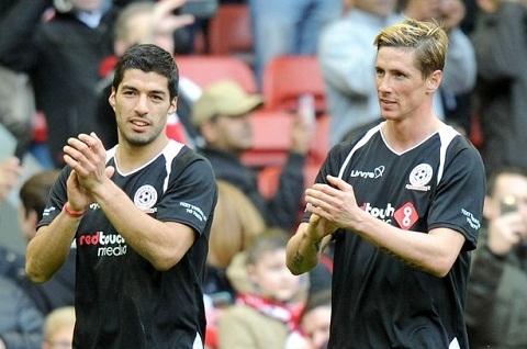 Gerrard tiet lo cau thu hay nhat anh tung duoc sat canh tai Liverpool hinh anh goc