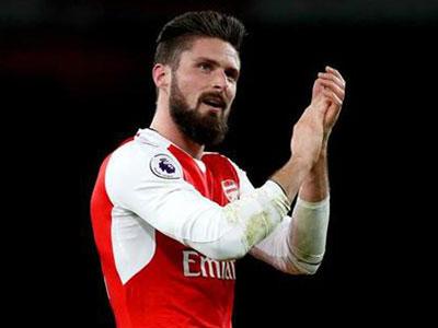 Giroud nhắc khéo Arsenal sớm gia hạn hợp đồng