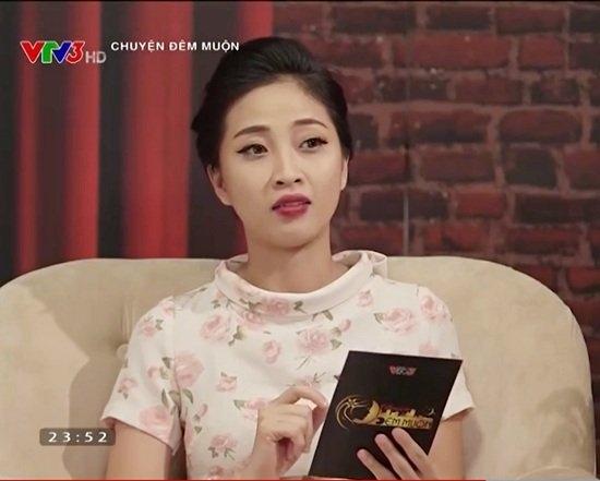 BTV Hoài Anh xinh đẹp nổi bật giữa dàn MC của VTV - 3