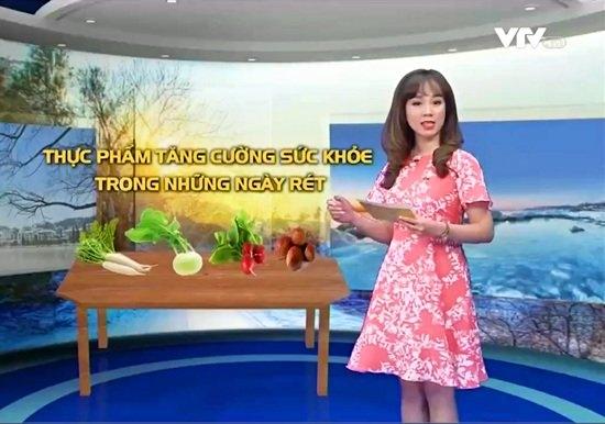 BTV Hoài Anh xinh đẹp nổi bật giữa dàn MC của VTV - 7