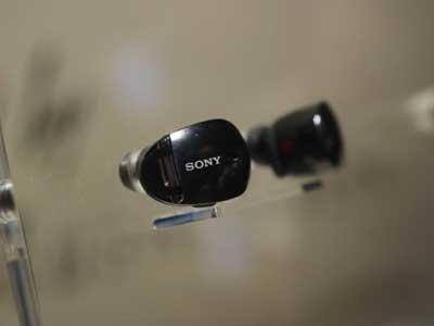Sony giới thiệu tai nghe không dây nhỏ gọn