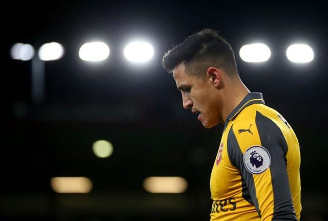 Alexis Sanchez vô cùng thất vọng sau trận hòa trước Bournemouth