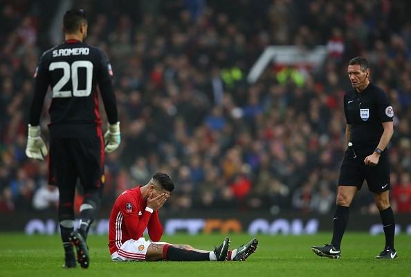 Man Utd tra gia dat o tran thang Reading hinh anh 1