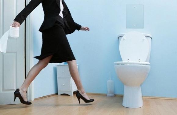 Bạn đang làm hỏng vùng kín khi đi vệ sinh mà không hay biết - Ảnh 2.