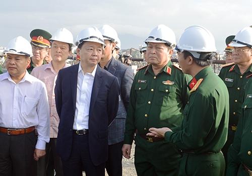 da-nang-con-hon-100000-m3-dat-nhiem-dioxin