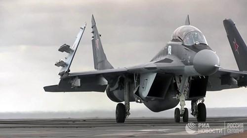 [ẢNH] Khoảnh khắc đẹp của tàu sân bay Nga tham chiến ở Syria  ảnh 5