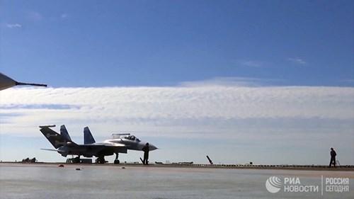 [ẢNH] Khoảnh khắc đẹp của tàu sân bay Nga tham chiến ở Syria  ảnh 13