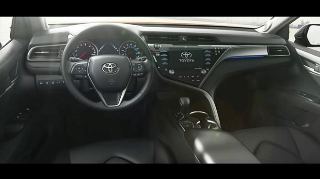 Toyota Camry 2018 trinh lang, chua co gia ban hinh anh 2