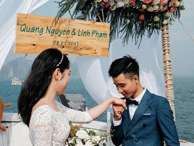 Lễ đính hôn lãng mạn trên du thuyền ở vịnh Hạ Long khiến nhiều người ghen tỵ