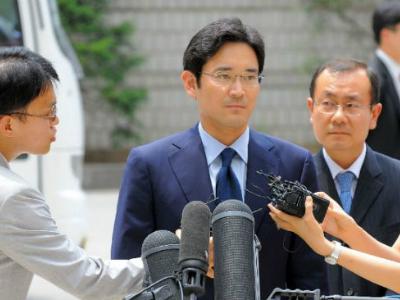 Người thừa kế Samsung bị coi là nghi phạm trong bê bối của tổng thống Hàn