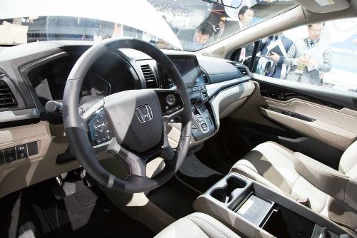 """2018 Honda Odyssey với ghế ngồi """"thần thánh"""" - 4"""