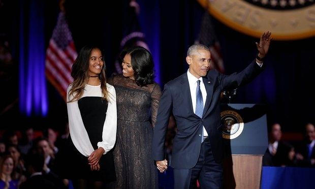 Con gái út nhà ông Obama không tham dự bài phát biểu chia tay của cha vì bận thi cử - Ảnh 1.