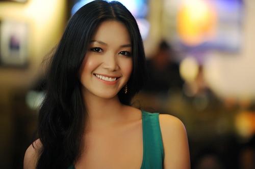 Vì sao nhiều nghệ sĩ như Helen Thanh Đào phải xóa sổ đời tư khi bước chân vào showbiz? - Ảnh 8.
