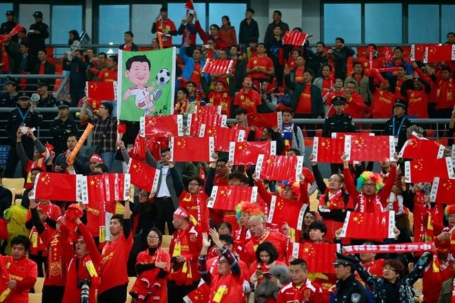 'World Cup mo rong khien bong da Trung Quoc them tui ho' hinh anh 2