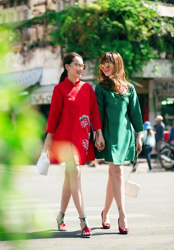 Yen Trang - Yen Nhi goi y trang phuc dao pho Tet hinh anh 4