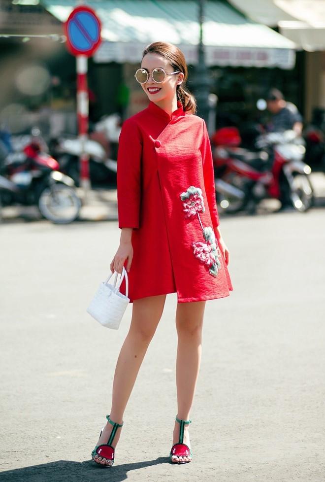 Yen Trang - Yen Nhi goi y trang phuc dao pho Tet hinh anh 6