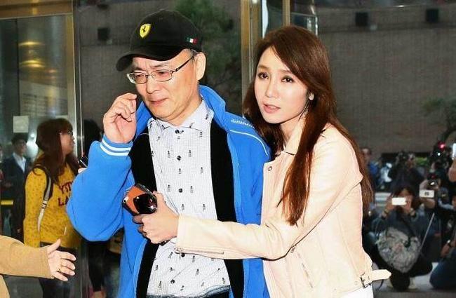Chồng Helen Thanh Đào tiết lộ lý do không chạm đến vợ và mối quan hệ của cô với trai trẻ - Ảnh 1.