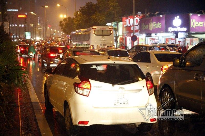 CSGT Hà Nội đề xuất mở 2 chiều đường Phan Chu Trinh, La Thành