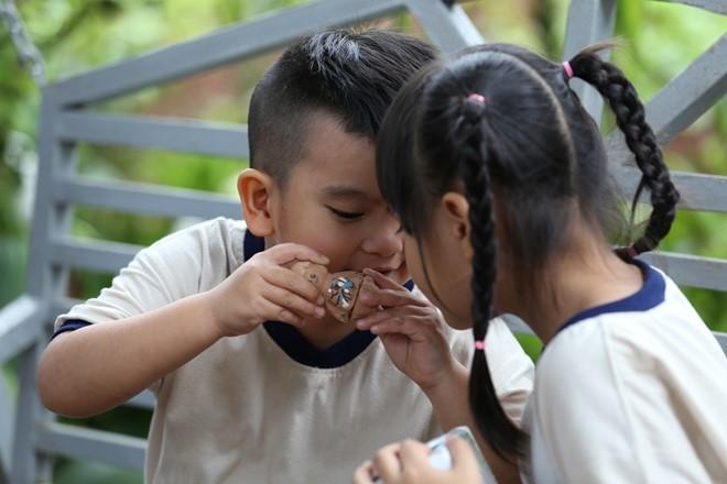 'Nguoi gieo an lanh': Phim ngan cam dong ve Tet vung cao hinh anh 2