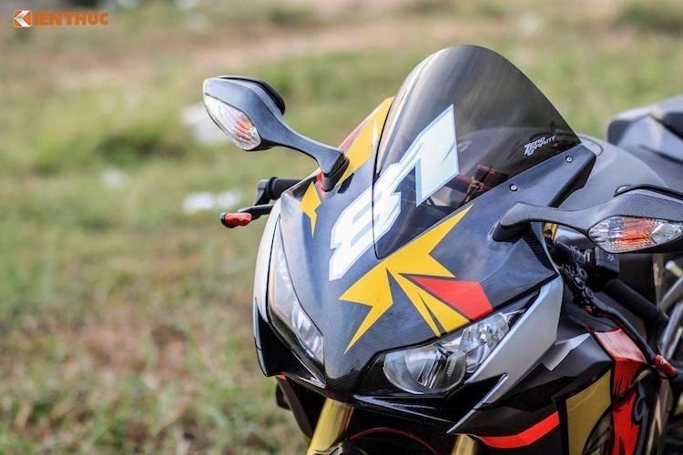 """Chân dài Việt đọ dáng bên """"siêu gà"""" Honda CBR1000RR - 2"""