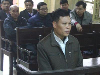 Hai cán bộ gây oan sai cho ông Nguyễn Thanh Chấn bị xét xử