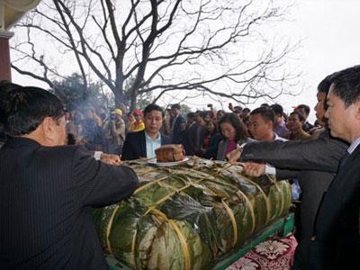 Nghệ An: Sẽ dâng bánh chưng nhỏ để tri ân bà Hoàng Thị Loan