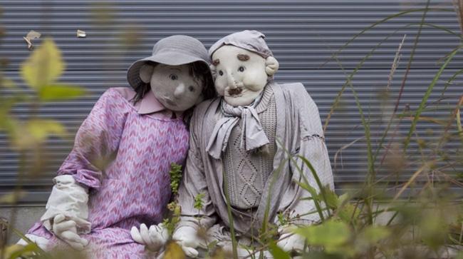 Ám ảnh khung cảnh rùng rợn của ngôi làng tại Nhật Bản nơi búp bê dần thay thế con người - Ảnh 5.