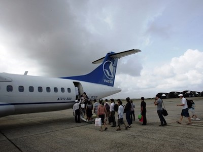 Máy bay đi Côn Đảo phải quay lại sân bay Tân Sơn Nhất