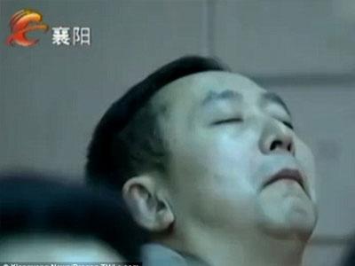 Trung Quốc: 6 cán bộ ngủ gật giữa cuộc họp bàn cách bớt lười