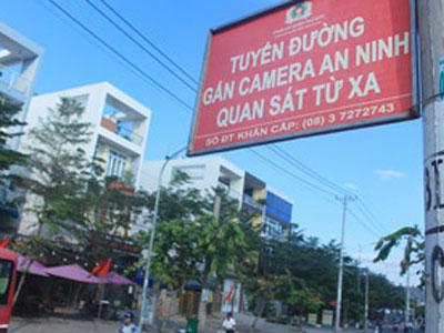 Nghi bị trộm, báo công an mới biết camera an ninh khu phố đang